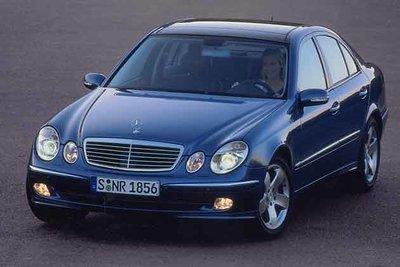 Bild: Mercedes E 240  Gebrauchtwagen