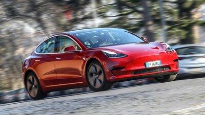 Bild: Tesla Model 3  Gebrauchtwagen