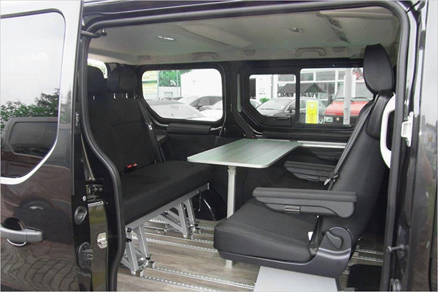opel vivaro combi 2015 abmessungen kofferraumvolumen und. Black Bedroom Furniture Sets. Home Design Ideas